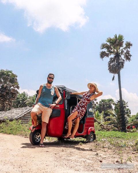Tuk tuk Sri Lanka - Tropical roads with our Tuktuk