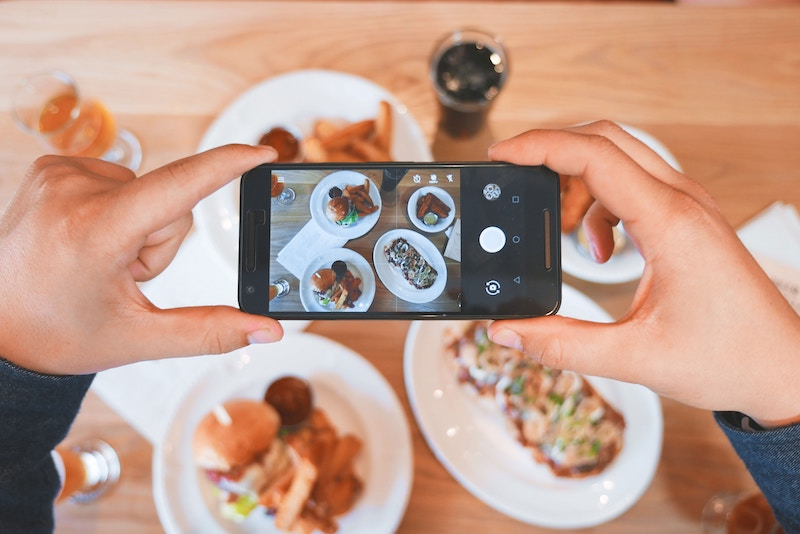 How To Get Hotels And Brands To Collaborate On Instagram in 2019